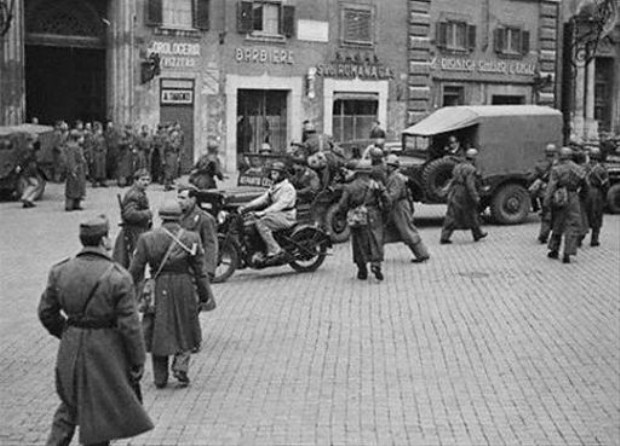 Photo of the Ghetto's liquidation during the Nazi occupation