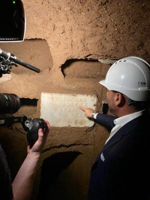 Filming in the Vigna Randanini Jewish Catacombs for a Discovery documentary on Ancient Rome, the Menorah and the Ark of the Covenant
